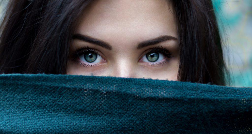 Beautiful eyes - no dark spots under eyes