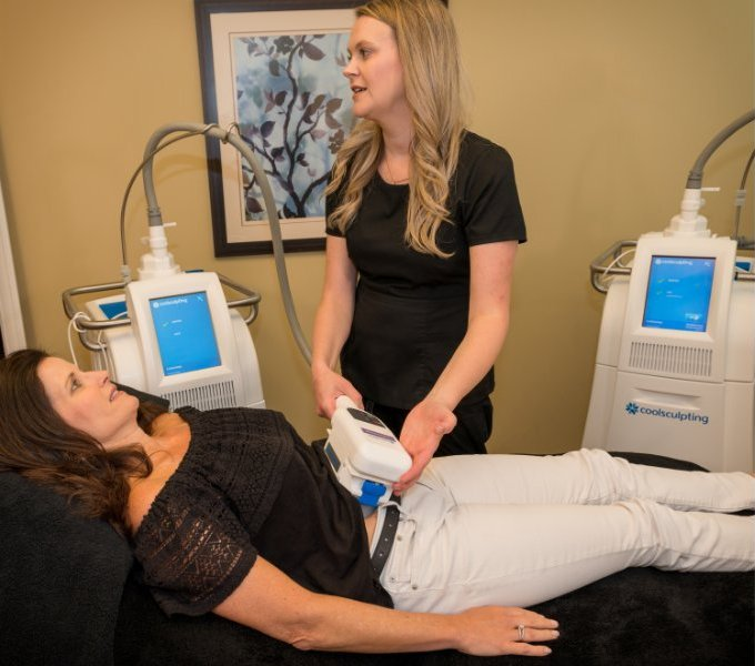 Patient getting coolsculpting