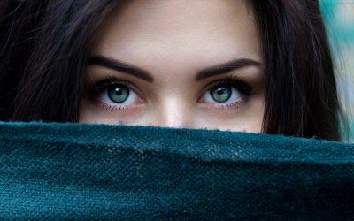 Beautiful eyes -no dark spots under eyee